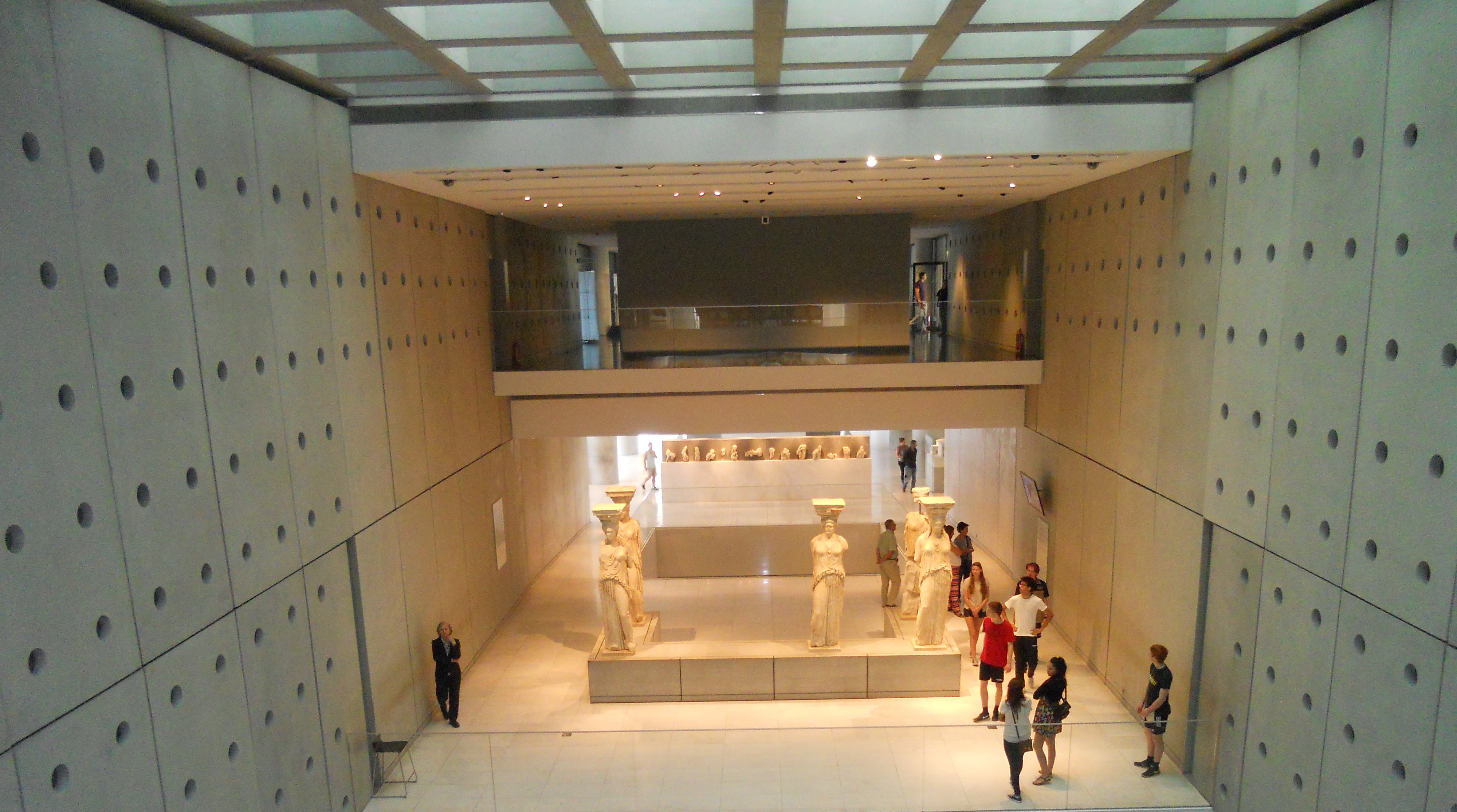 Atene - MUSEO DELL'ACROPOLI Cariatidi
