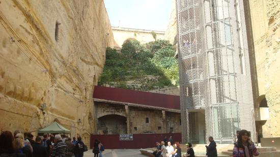 La Valletta - ascensore