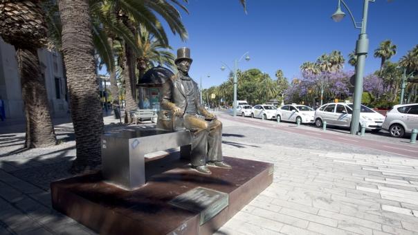 Malaga - statua di Hans Christian Andersen