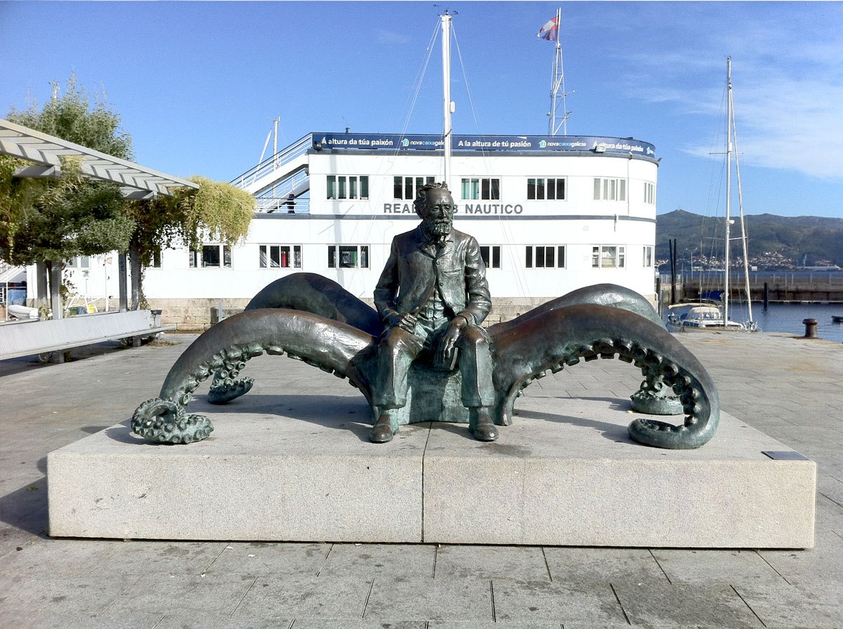 Vigo - lungomare statua Jules Verne