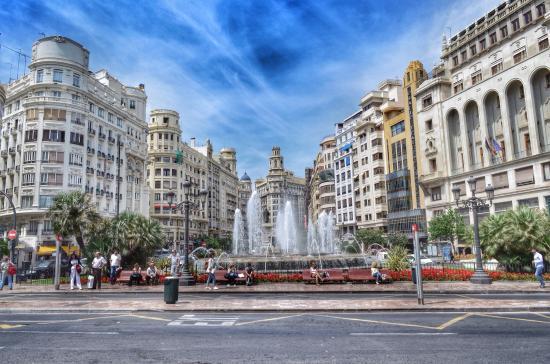 Valencia - Plaza Ayuntamiento (Piazza del Comune)
