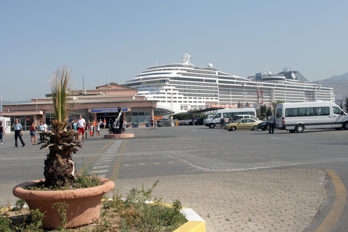 Izmir - porto - crociere nel cuore