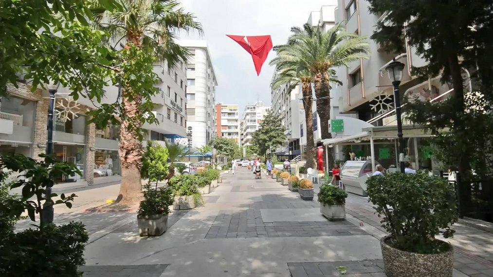 Izmir - Cumhuriyet Caddesi