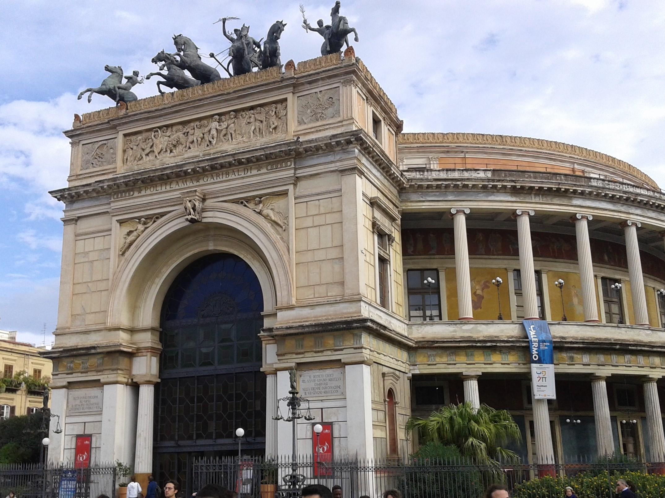 PALERMO - Teatro Politeama Crociere nel cuore