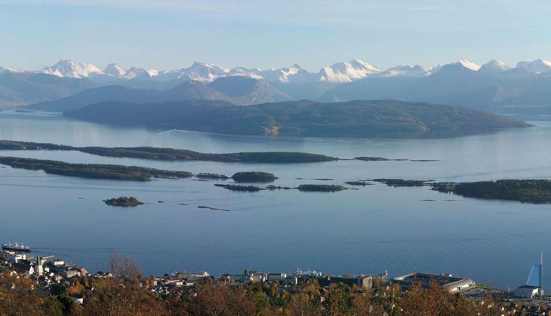 PANORAMA VARDEN il miglior panorama della città di Molde e del fiordo.