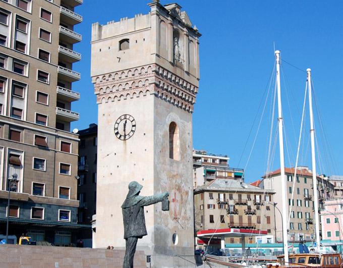 """SAVONA - TORRE DI LEON PANCALDO  è il simbolo di Savona e viene chiamata """"La Torretta""""."""