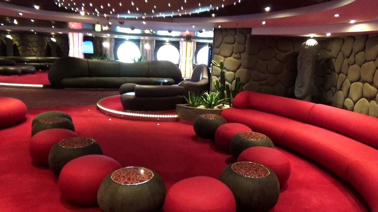 THE AFT LOUNGE MSC SPLENDIDA CROCIERE NEL CUORE