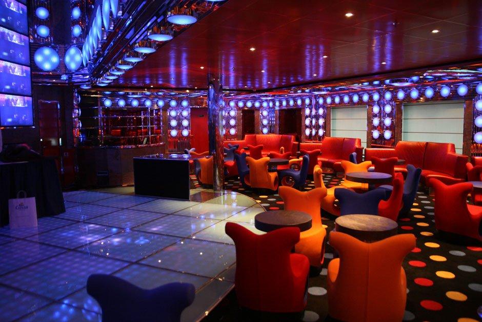 discoteca  sharazad  costa deliziosa crociere nel cuore