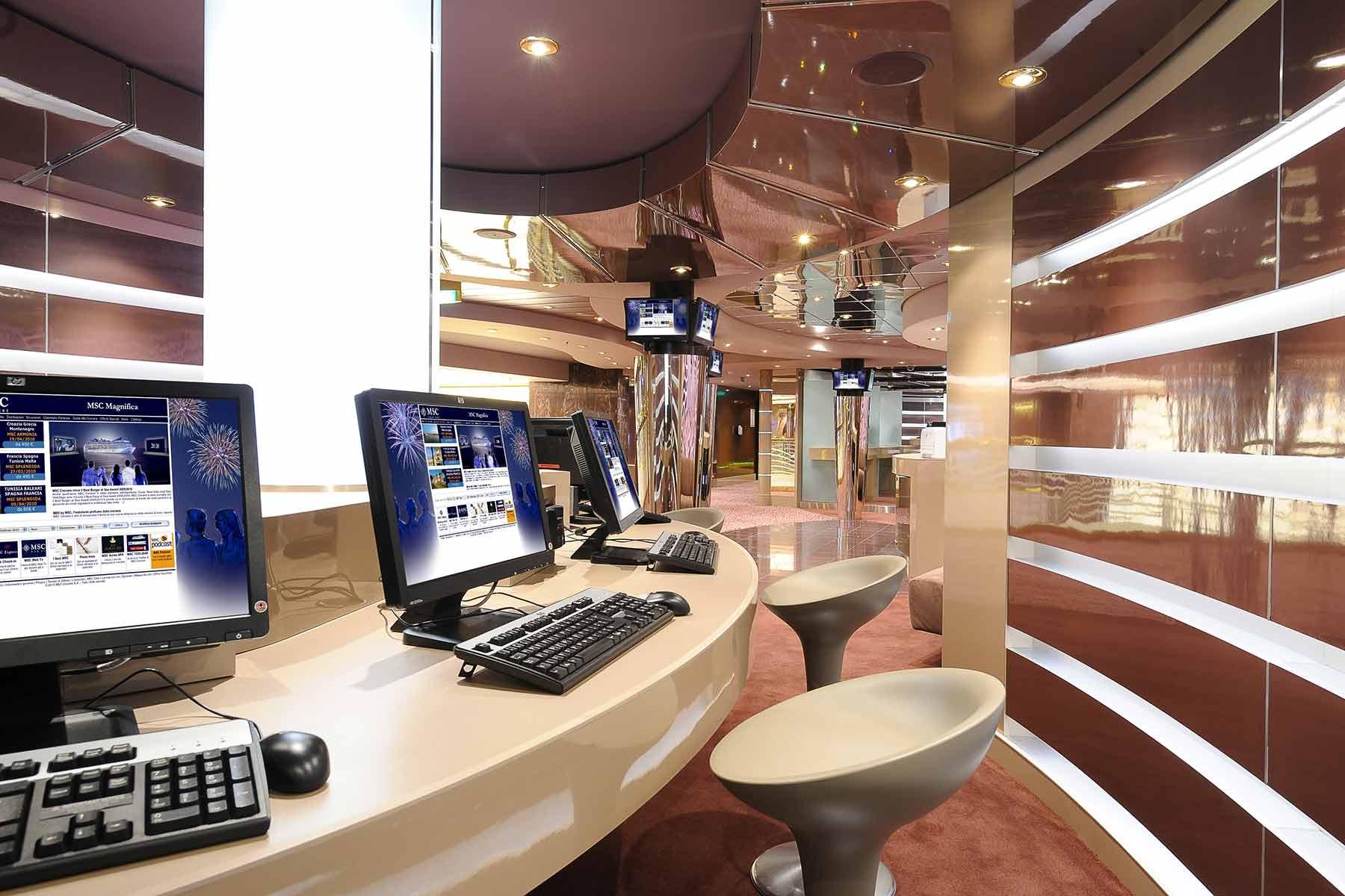 sala internet nave da crociera