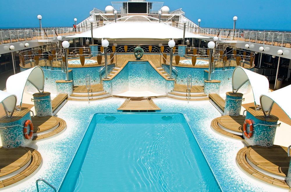 piscina la spiaggia msc musica