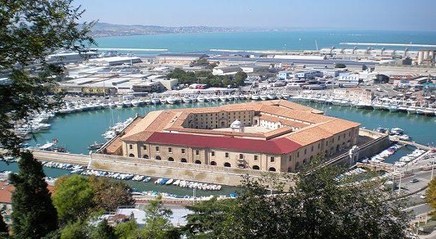 Mole vanvitelliana di Ancona