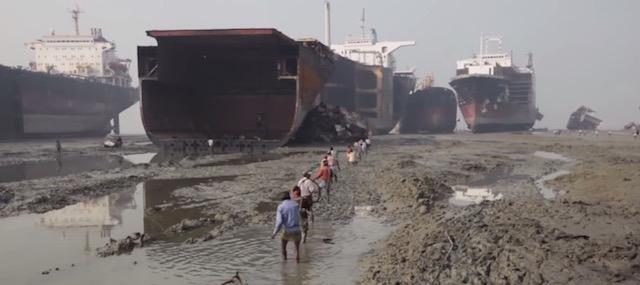 Spiaggiamento a Chittagong