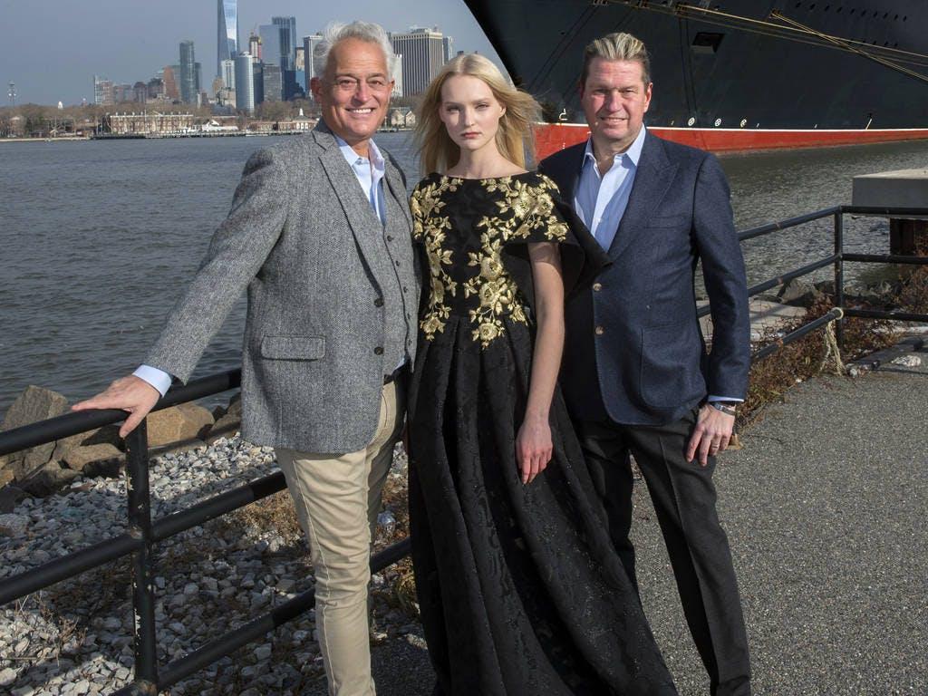 Queen Mary 2 - sfilata di moda