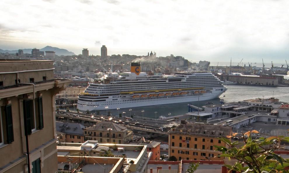 nessun divieto di attracco di navi in liguria