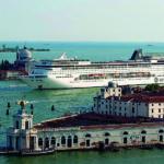 Stop alle grandi navi da crociere a Venezia