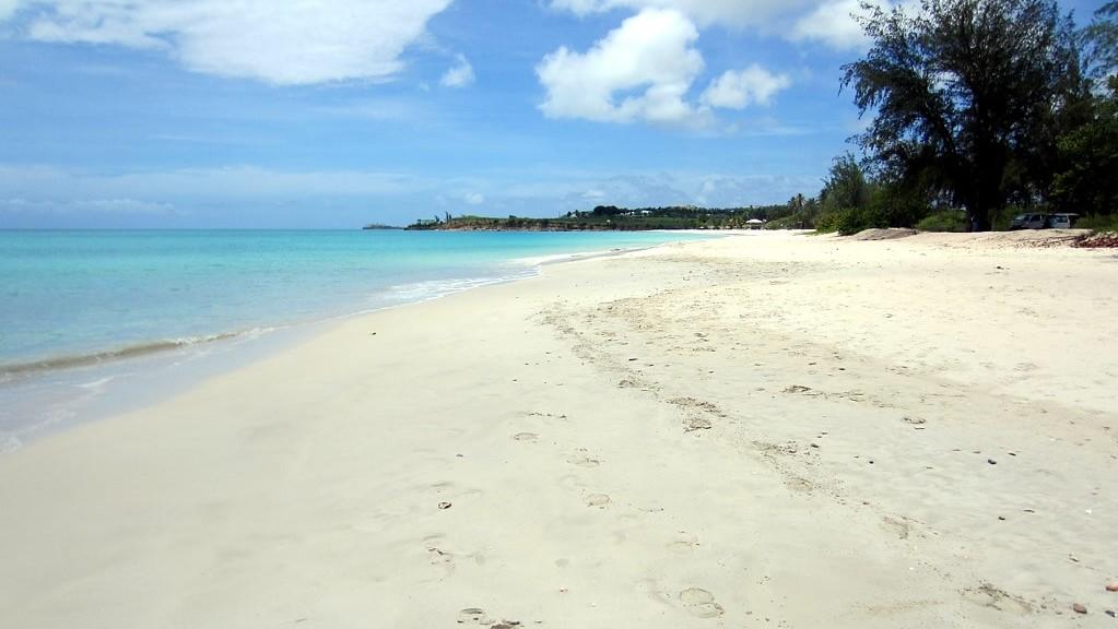 Fort Bay Beach Antigua